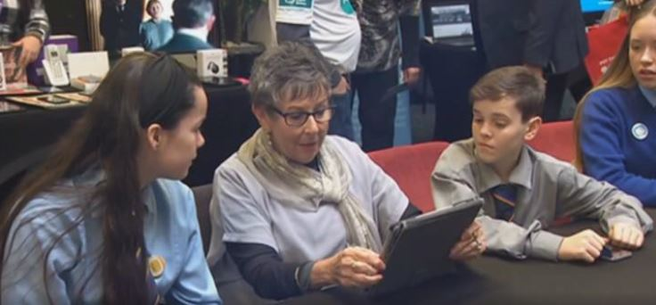 New scheme aims to bridge digital divide by bringing elder New Zealanders and young people together